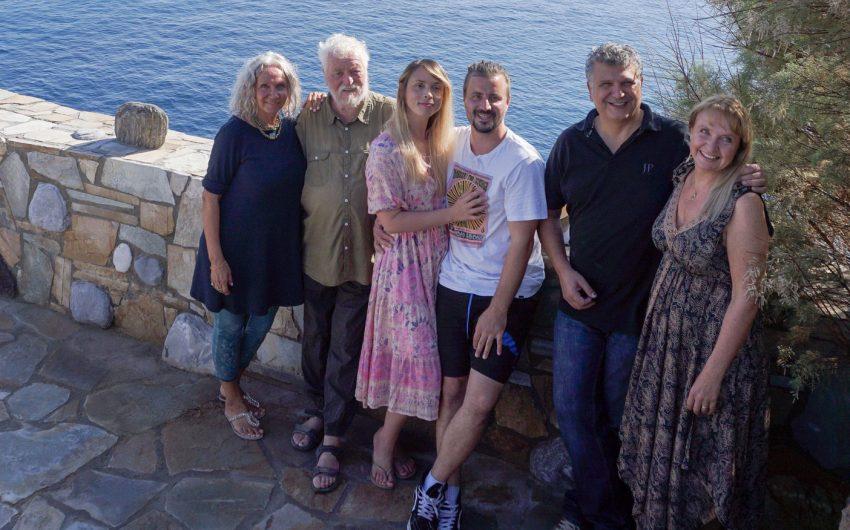 Von links: Emily & Peter Hess, Kim Kassandra & Mark Schmid, Niko & Anna Avramidis